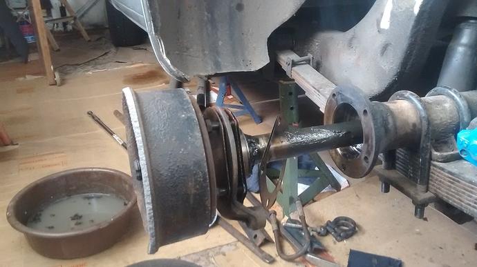 Axle rebuild  Half shaft removal - Saloons - Jag-lovers Forums