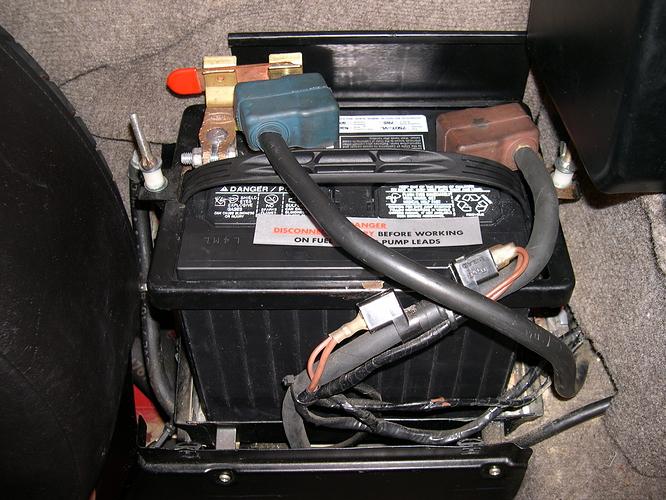Tricks For Removing  Storing Xjs Battery  - Xj-s