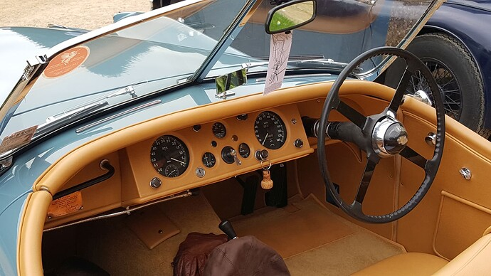 XK120 dash  120 DOJ  Hampton Court 2021