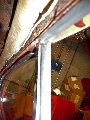 Rt Door B Pillar Closeup