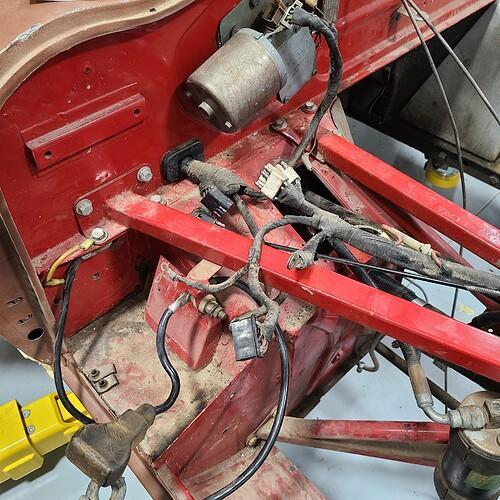 Bulkhead Harness meets Engine Harness