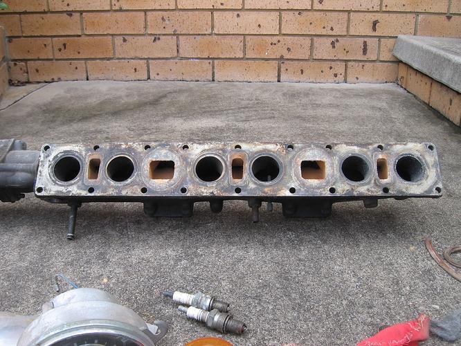 Jaguar inlet manifold