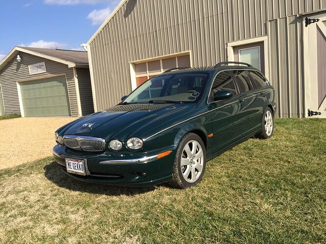 Jaguar X Type 2005 Estate Wagon.jpg