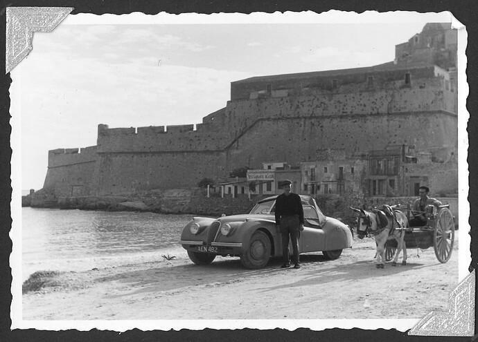 XK120 660405 a Peniscola, Castellon, Spain 1950s
