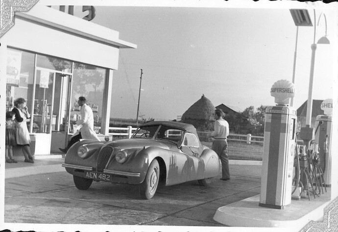 XK120 660405 a filling up 1950s
