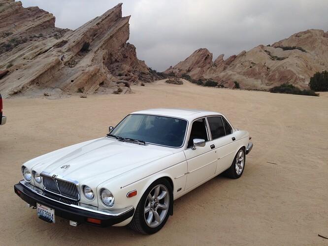 1985 XJ6