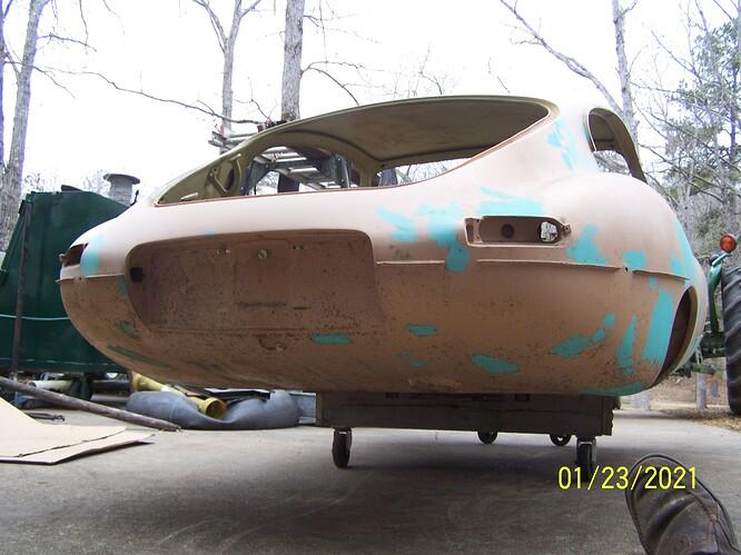 EJag Tub1