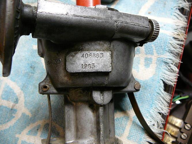 40886D 1263 Lucas B