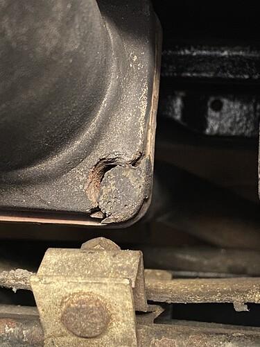broken-manifold
