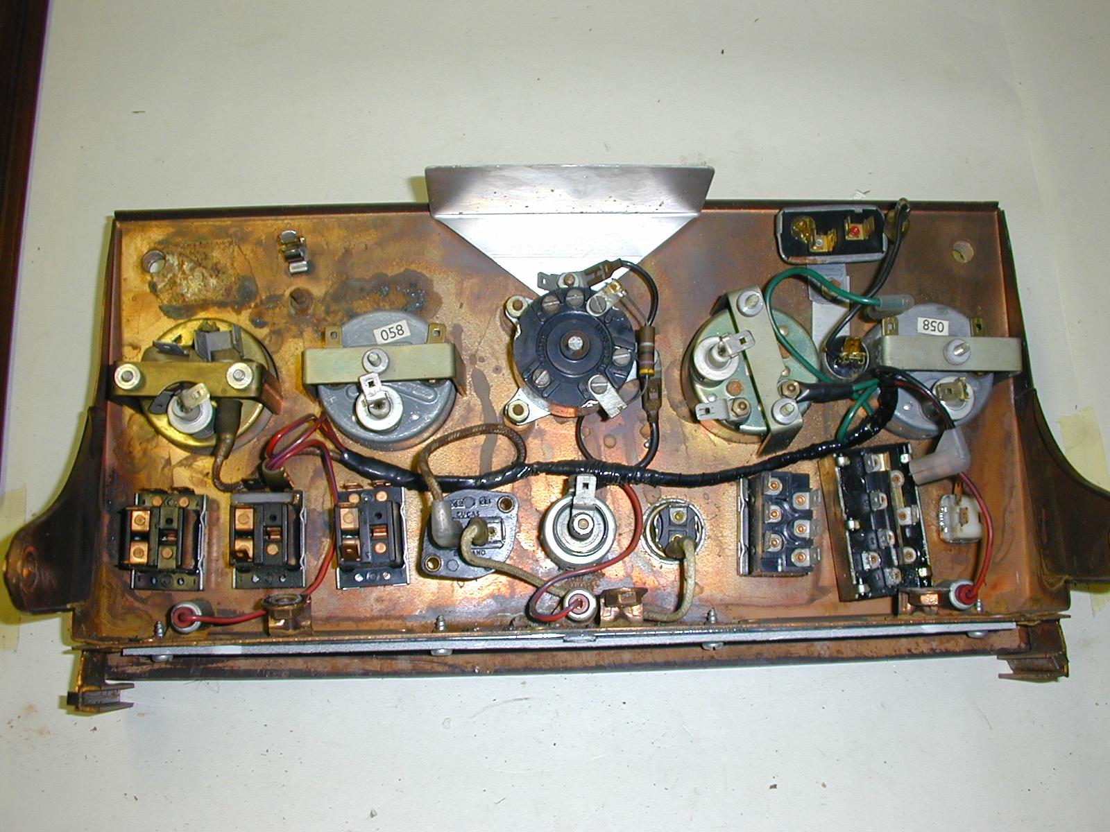 Xke S2 Voltage Regulator E Type Jag Lovers Forums 1968 Jaguar Wiring Diagram Wood Refinish20030720 0351600x1200 682 Kb