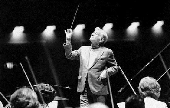 Leonard-Bernstein1