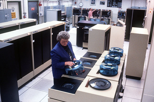 640px-PAVE_Paws_Computer_Room