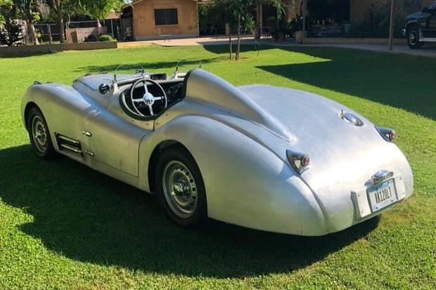 1951_jaguar_xk120_roadster_1597896046f473835e7711491dXK-LT-40-3