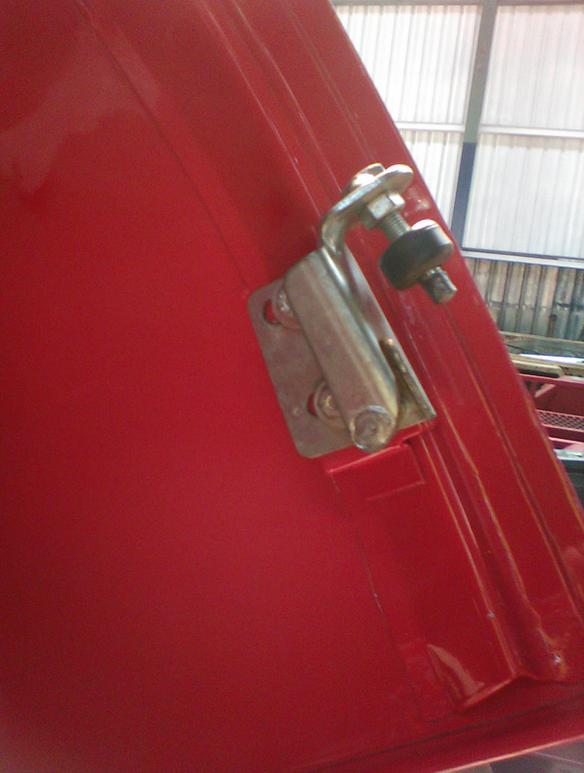 Bonnet Lock Bracket1